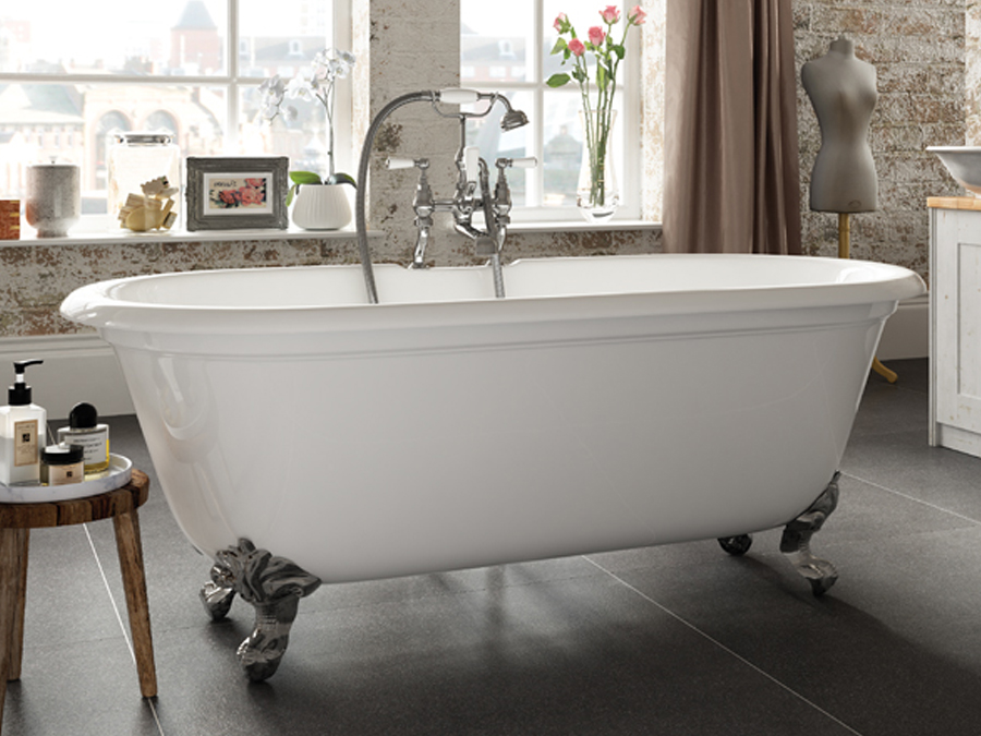 Badewanne aus Latex ohne Handschuhe