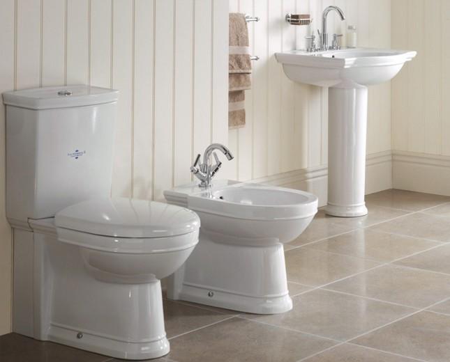Nostalgie wc becken mit aufgesetztem sp lkasten - Nostalgie im badezimmer ...