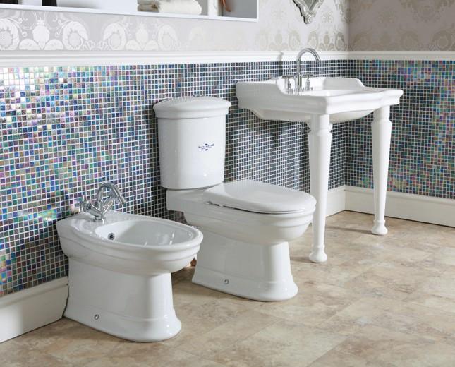 nostalgie wc becken mit aufgesetztem sp lkasten traditionelles wc nostalgisches wc becken. Black Bedroom Furniture Sets. Home Design Ideas