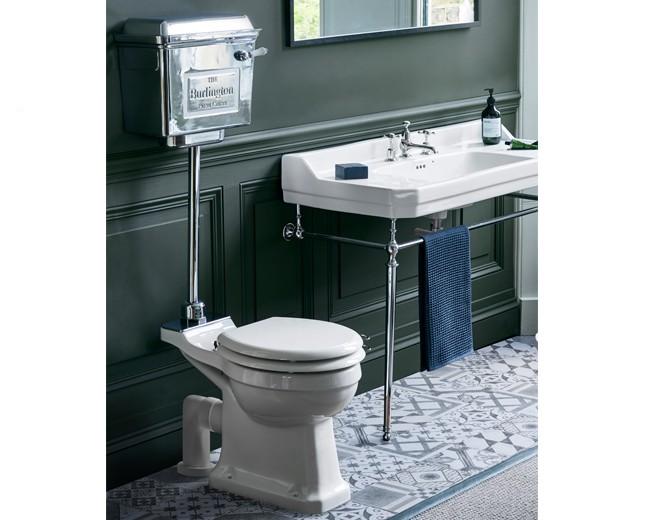 keramik wc becken classic mit halbhoch h ngendem chrom sp lkasten classic stone. Black Bedroom Furniture Sets. Home Design Ideas