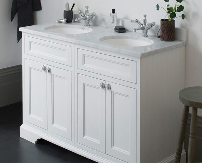 retro waschtisch mit unterbau minerva 130 classic stone. Black Bedroom Furniture Sets. Home Design Ideas